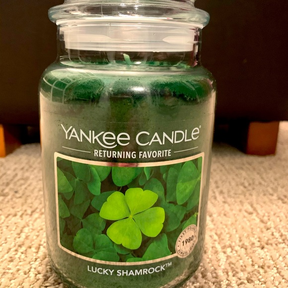 *limited edition* Yankee candle Lucky Shamrock☘️